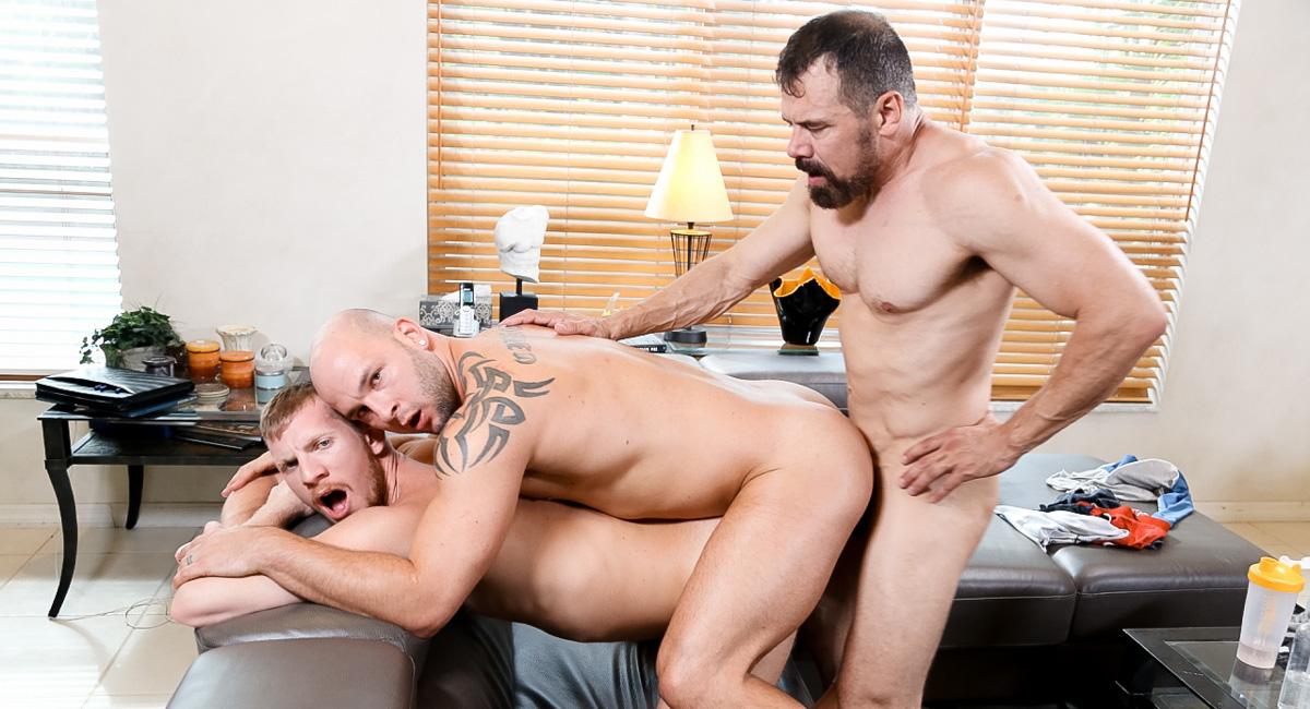 Max Sargent & Billy Warren & Brayden Allen in Teach Me How to Bottom Coach Video Tranny no condom