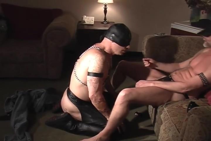 Blowing daddy until he cums - Pig Daddy Nichole Anistinn