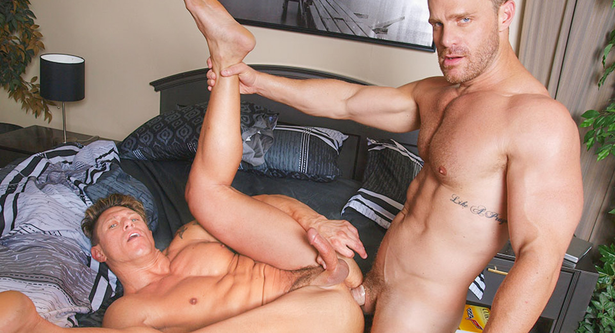 Bryce Evans & Landon Conrad in Boyfriends In Blankets Video Girl i like is hookup my best friend