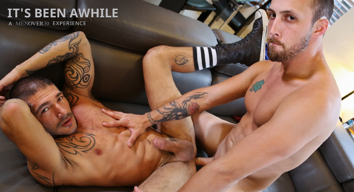 Johnny Hazzard & Dustin Steele in Its Been Awhile Video Cute babe eats les pussy