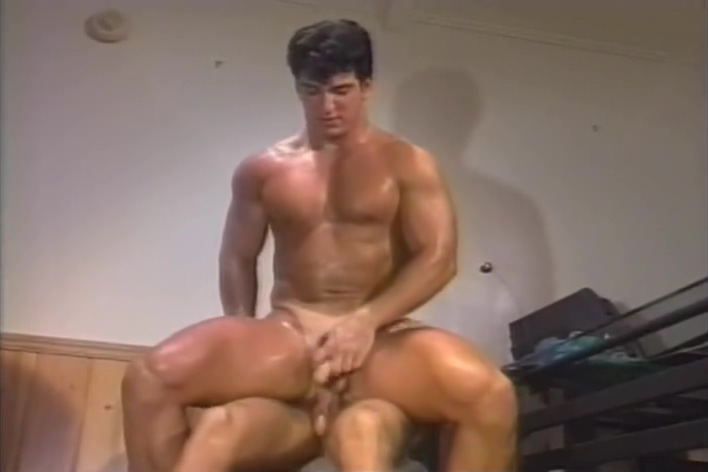 Muscle hunk and his boss - his video American sexy girl pussy