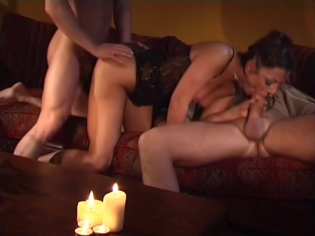 Hot threesome with a milf - UN-Plugged Bangbus Katie Collins