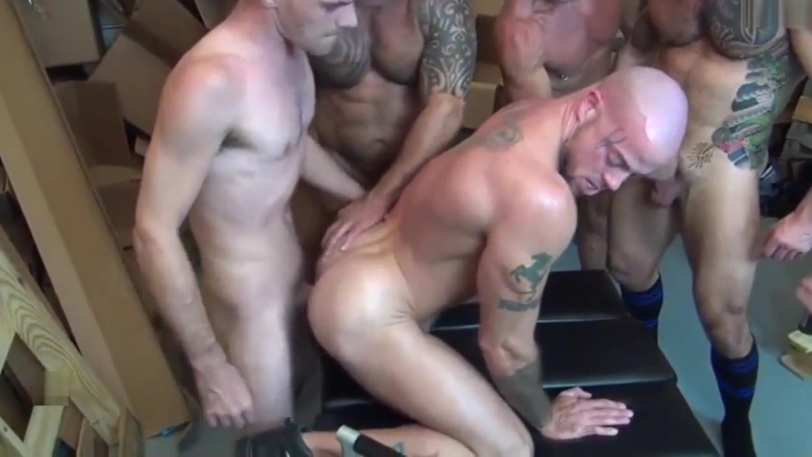 Sean Duran acquires group gangbanged - gays18.club topless medium size boobs