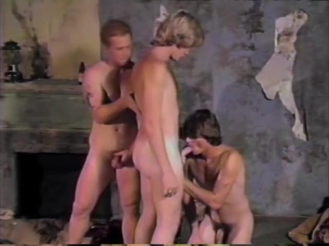 Fucking In A Run Down Hotel - VCA Ameteur naked men