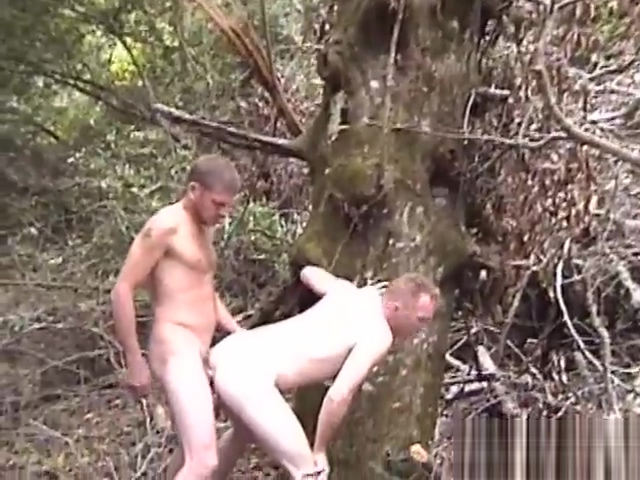 Catching these two guys in the forest got him horny - Factory Video Productions Jayda diamonde fills her pussy with a humongous dildo