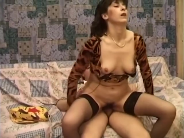 Cougar Gets Down And Dirty With This Pig - Telsev Slut Sex in Latina