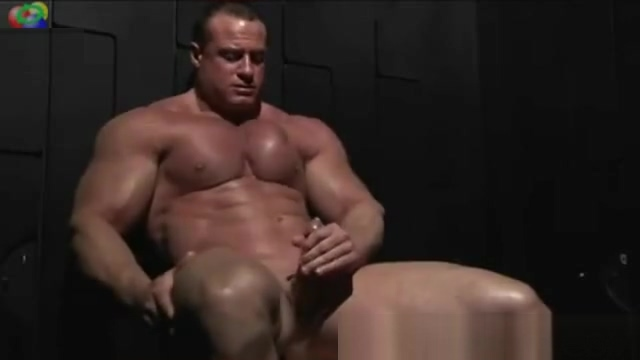 BODYBUILDER SOLO Sister Watc Tv Brother Fuck