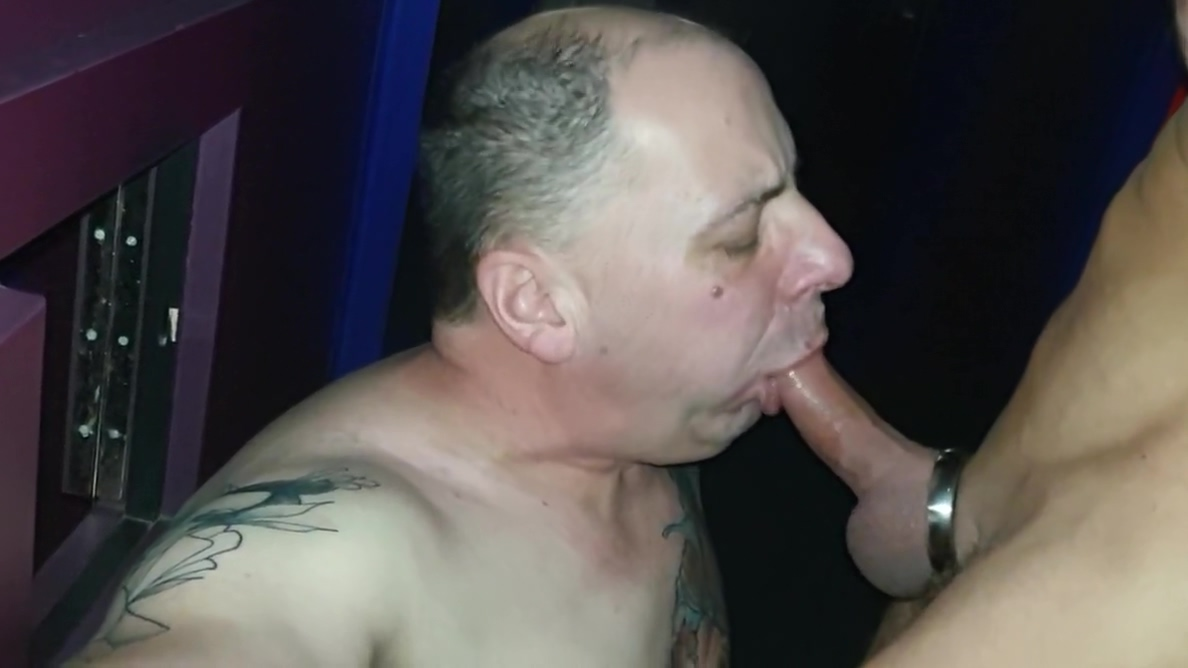 hard and long blow job on cinema theatre The best austlian pussy porn galleries