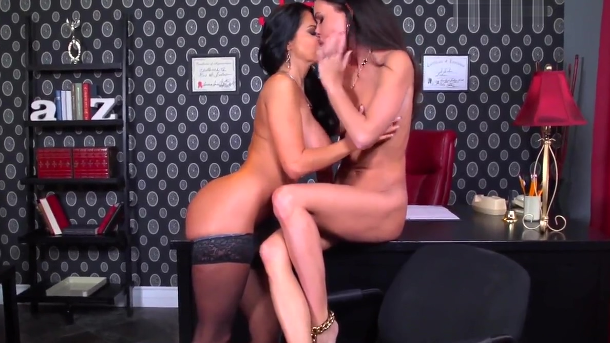 Bombshell Brunettes2 Brianna ray webcam
