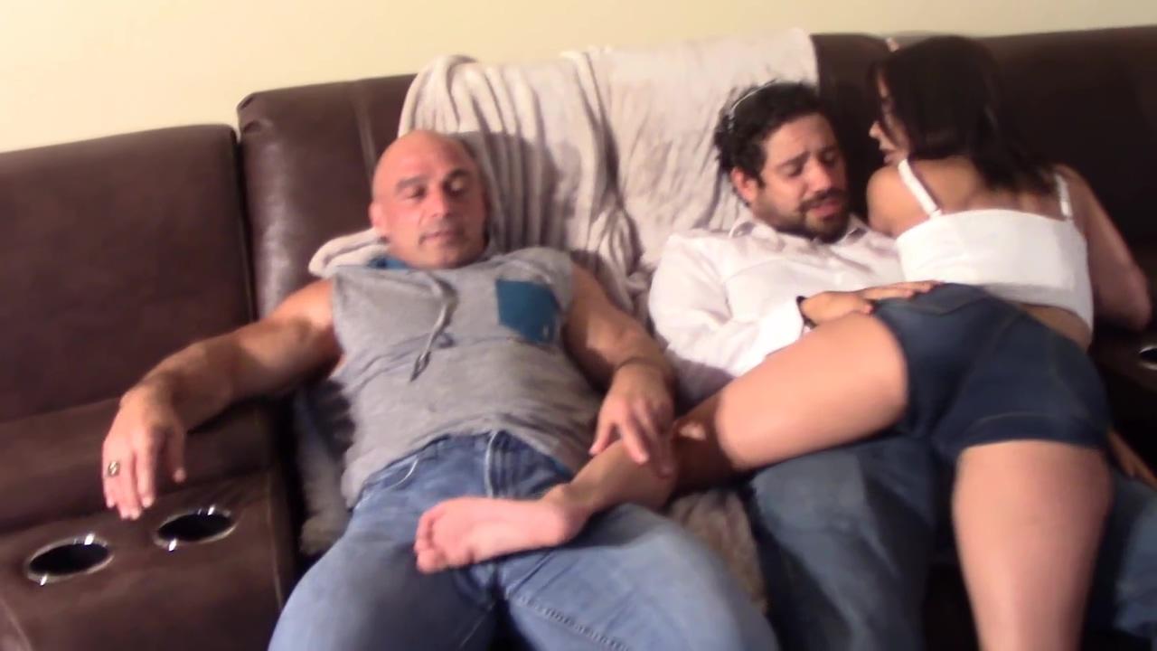 Maria Jade Humps 2 dicks till Orgasm Blonde cop reno 911 miami