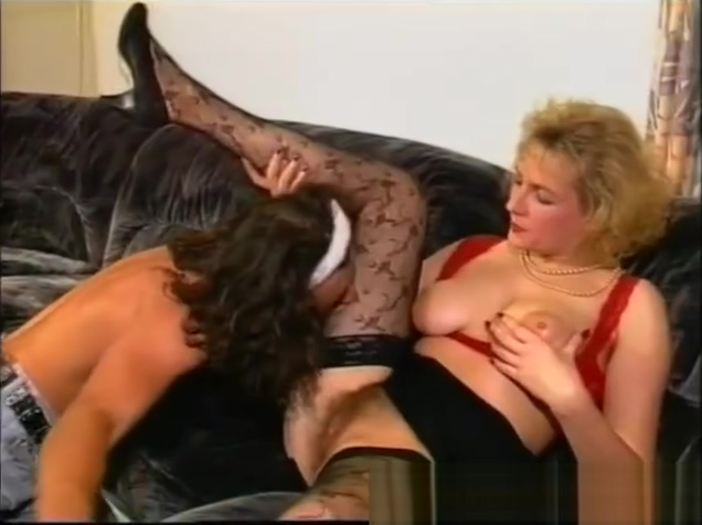 Mature German Blonde Gets a Face Full of CUM! Cute asian girls naked in the shower