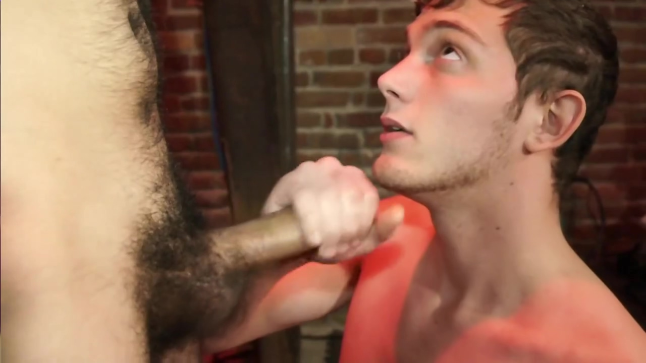 Guy gets cum slapped - Factory Video Anal prolaspe clip