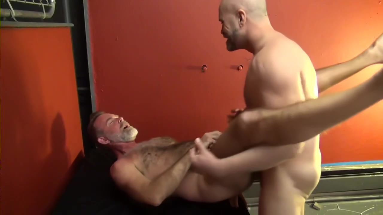 Older bears fucking - Factory Video Are you sexually compatible