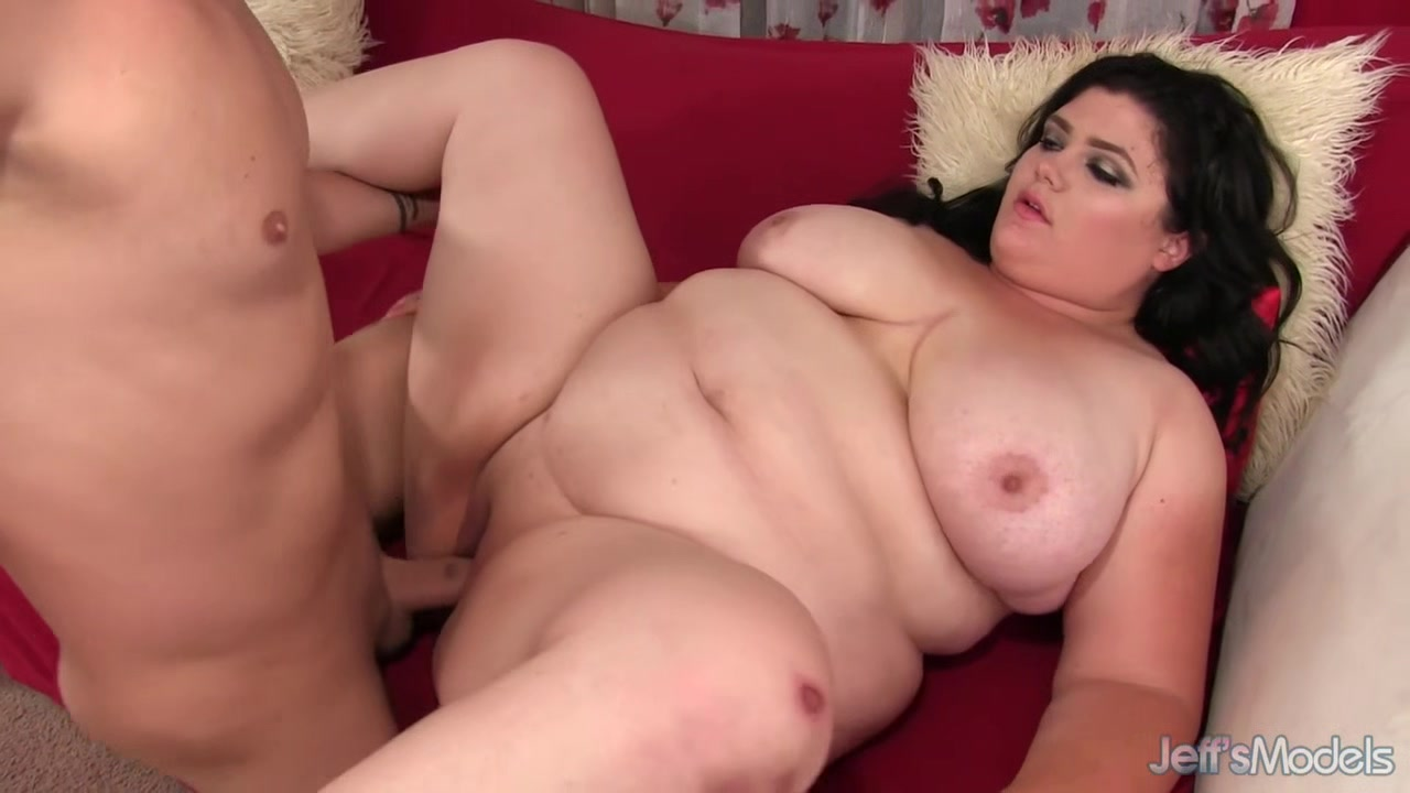 Stunning Plumper Beauty Aria Vale Gets Her Holes Stuffed with a Long Cock