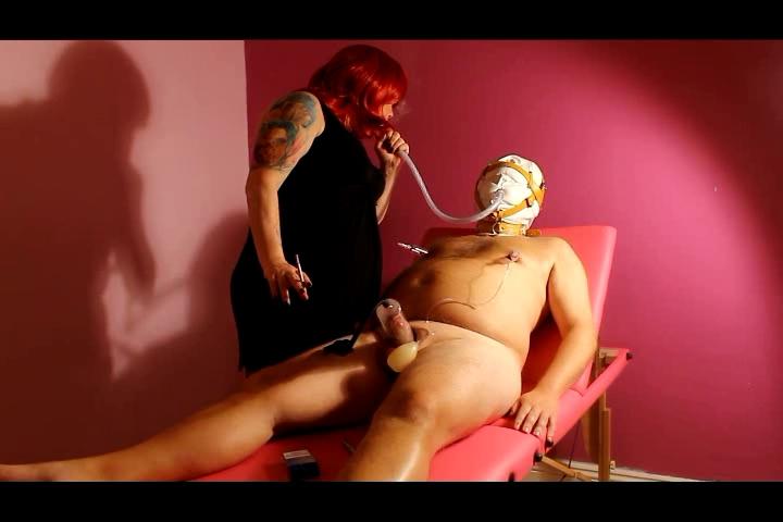 Serf Smokin, Knob Pumping & Whipping SADOMASOCHISM