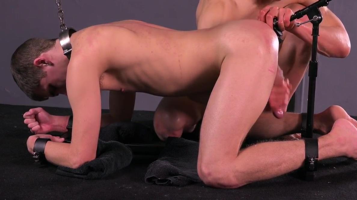 Teen Slave Sucks Huge Cock While Fucked Women who like to be strangled