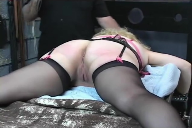 Shes In Love With The Ass Slapping - Master Len Sofia latina maid