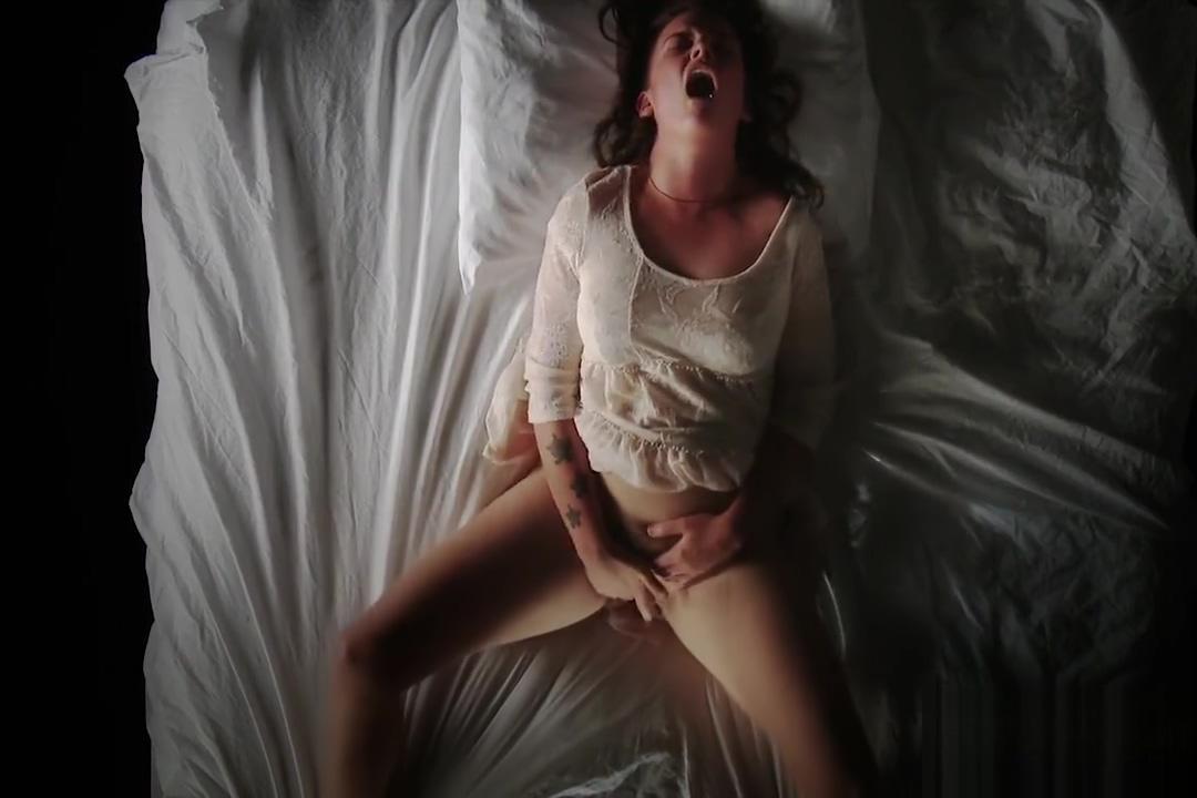 Hottest sex clip Brunette hottest , take a look Mediacom tivo hookup