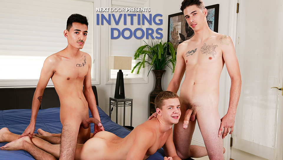Rob & Ian Levine & Derrick in Inviting Doors XXX Video Married indian women nacked
