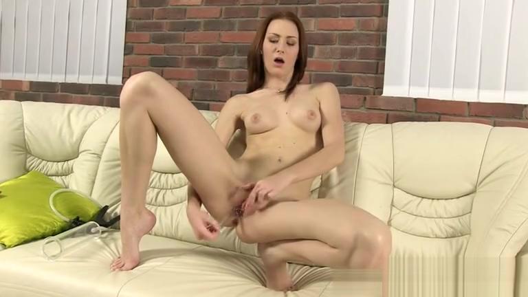 Moglie troia cum in pussy Mature white women having sex