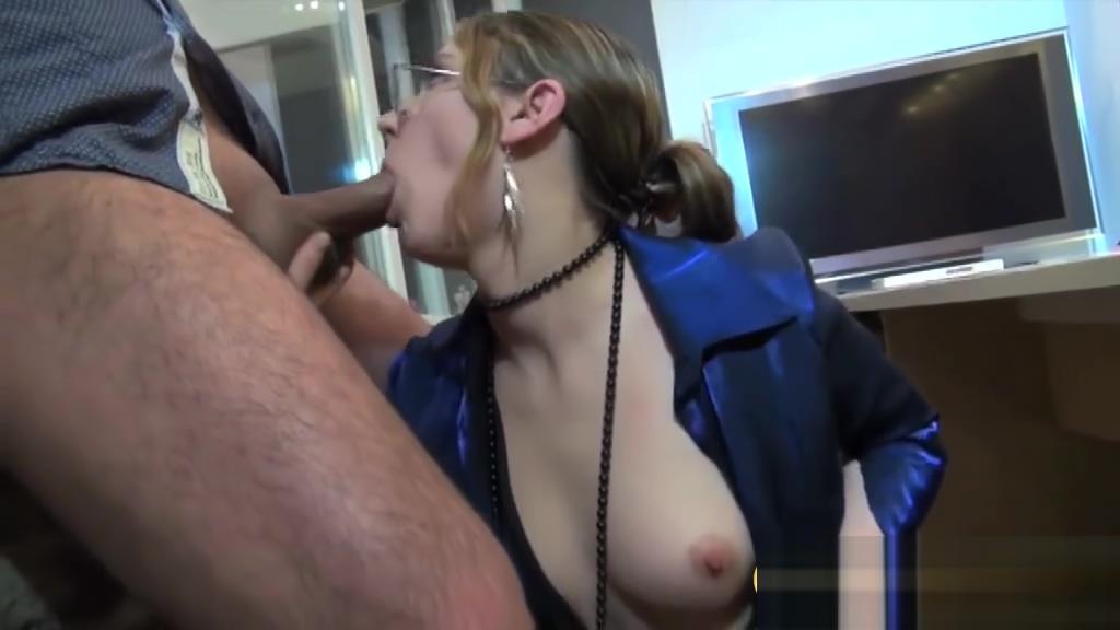 Geile Sekretarin blast den Chef (und den Kameramann) Dina meyer nude photos