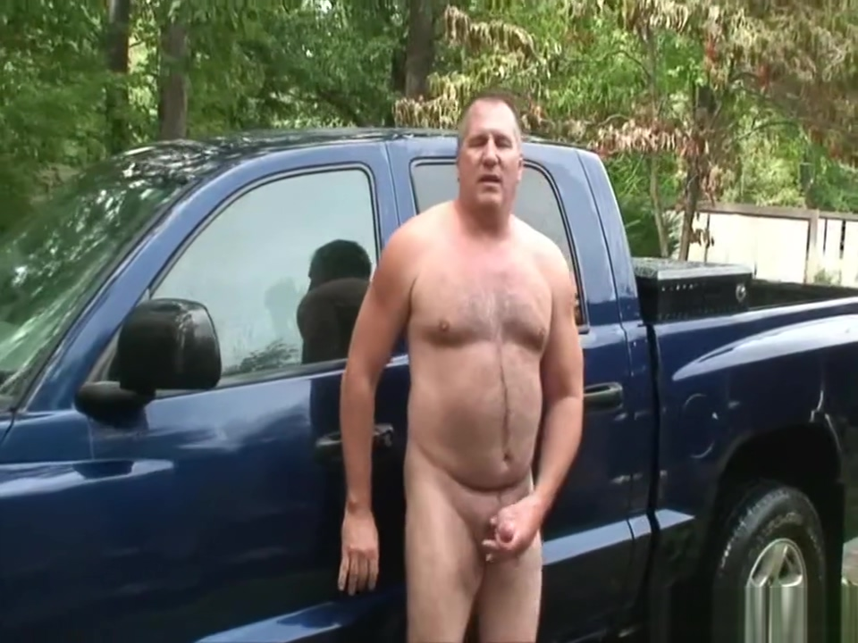 Daddy jerks off after washing his truck Lesbian milfs fingering and licking