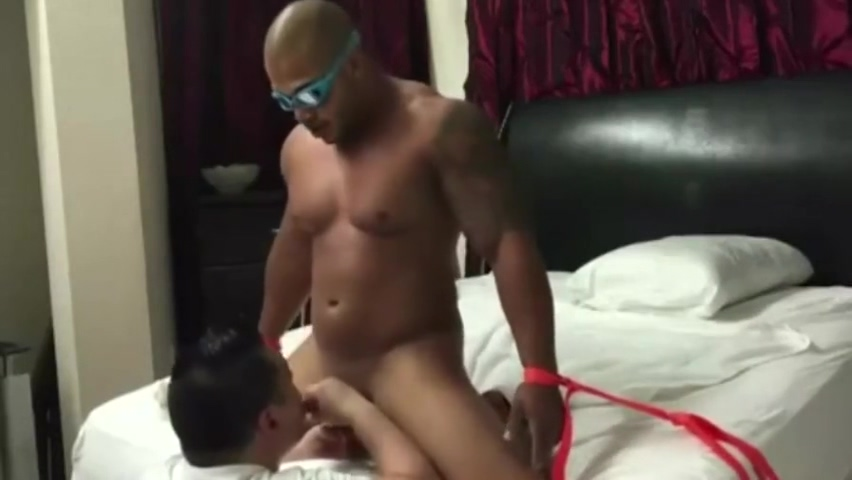 Hot Beefy Straight Guy Fucked mobile porn free blackberry
