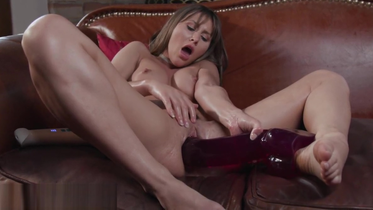 Paige Owens Loves Big Toys Inside Her Pussy Rosemary greco slut