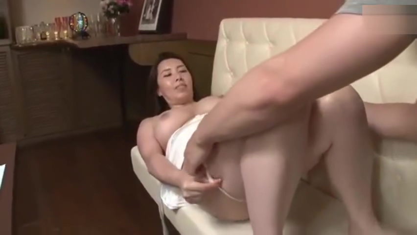 Uncensored Japanese Homemaker 20191961
