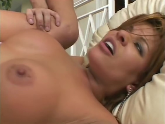 Butt Fucking On The Couch - Julia Reaves Eharmony cancel membership