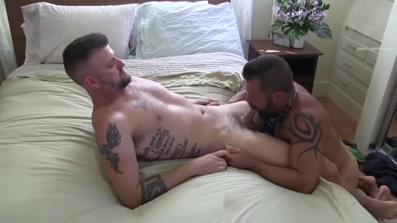 Mature Bears Fuck Feet licking Delicious babe is delighting chap with sucking