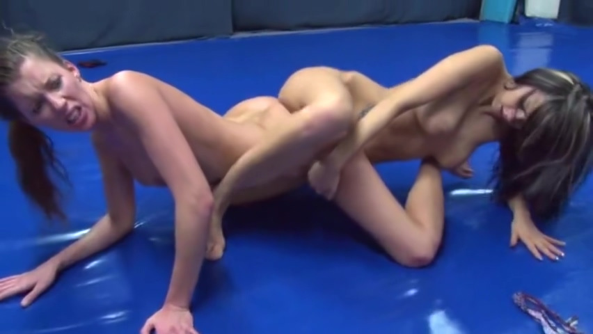 Mel vs Elisa Steamboat sex