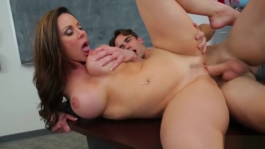 Unbelievable busty mom Kendra Lust got a spermshot on a face Nella fisting Charlie in chair