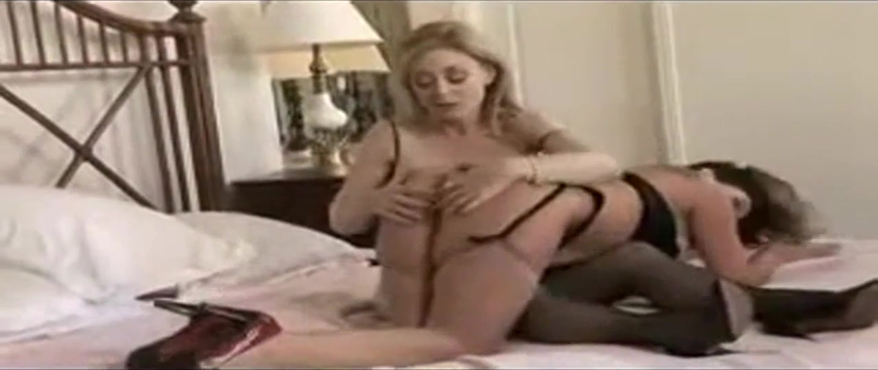 Ina Hartley Rachel Steele Milfs Lesbian Action Big titted milf Makayla Cox gets fucked rough