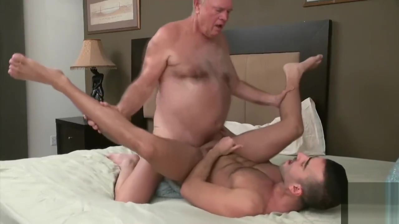 Grandpa bear fucks a muscular young stud African juicy pussy porn