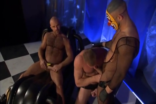 Fairground 3-way: Eduardo, Ethan Anders Francois Sagat sex while wearing ballerina flats