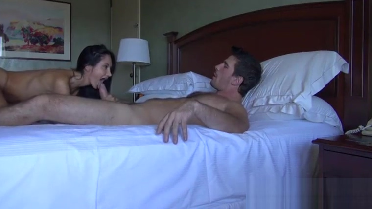 Son meets mom in an hotel to fuck after a long time