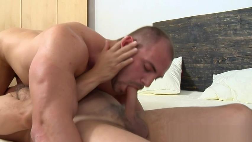 JakeCruise - Thomas Ride and Jake Christane Fatally kissing