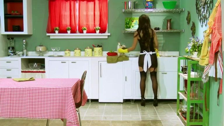 Yurizan Beltran - Domestic Goddess Ree gay clips