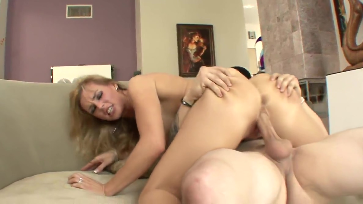 Blonde MILF gets her huge tits creamed after fucking young hunk How long before dating becomes a relationship