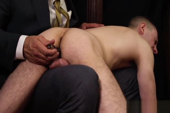 Keeping the Boys in Line Sexual Larissa Dee is banged by two guys