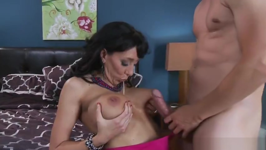 Awesome busty MILF Alia Janine featuring blow job video Spinner porn with russian star elena berkova