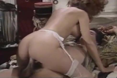Jane Bond Meets The Golden Rod Big Tits Sucked By Men