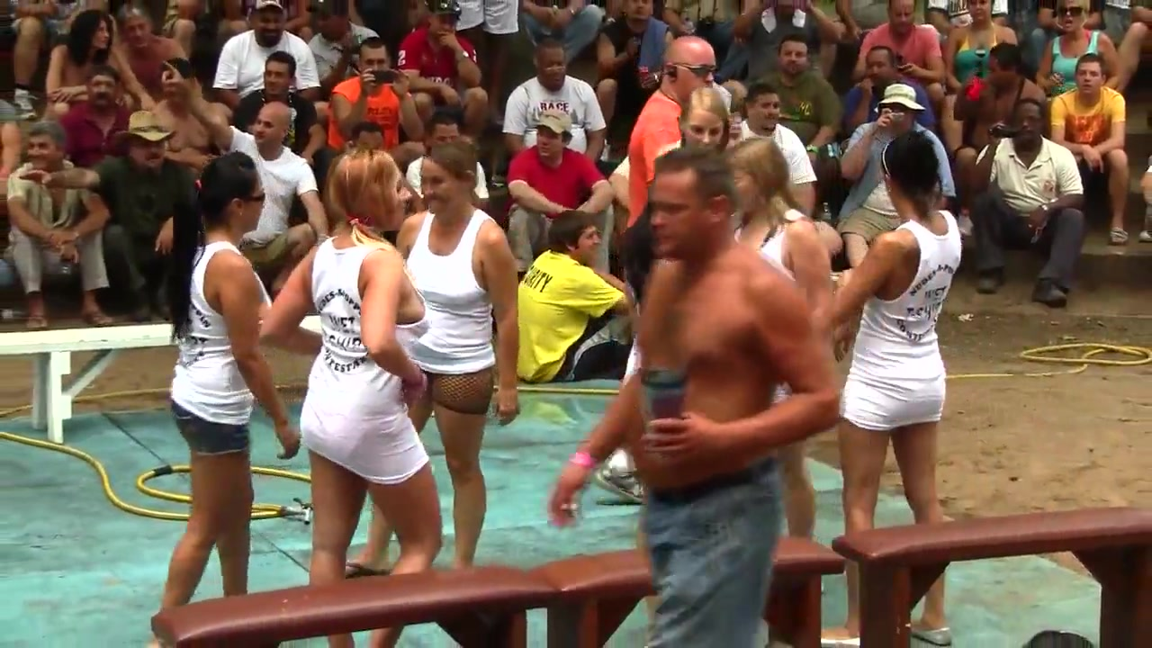 Amateur Wet T-Shirt Contest - Ponderosa 2012 women and men sexy on the beach