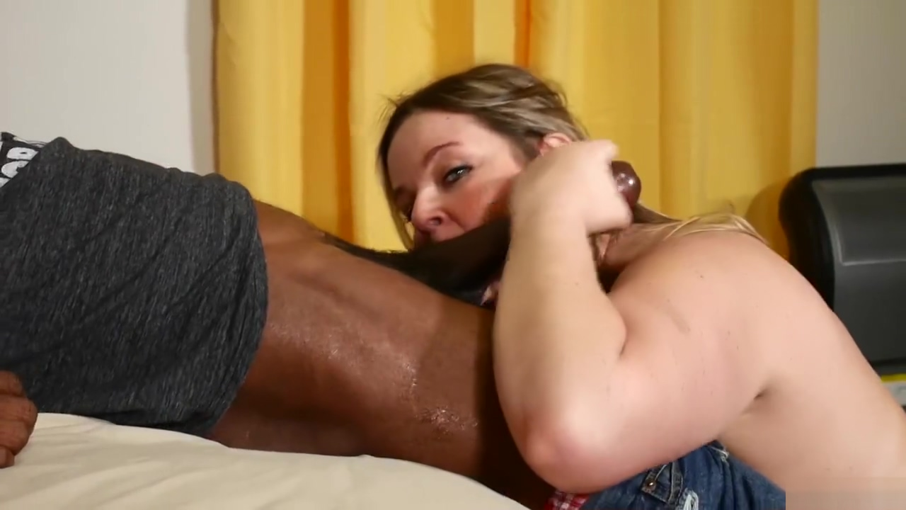 HOTWIFE DEVOURS 12 INCH BBC Two hot blondes fucking