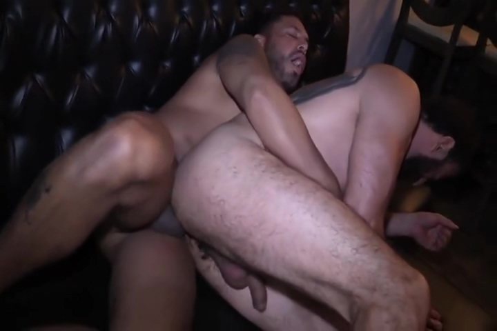 Vik and Joe fuck raw in public Ebony men porn pitchers