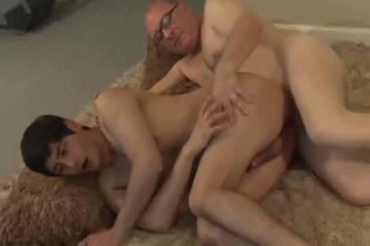 Dirtydaddy spanks and fucks his twink videos porno kacey jordan