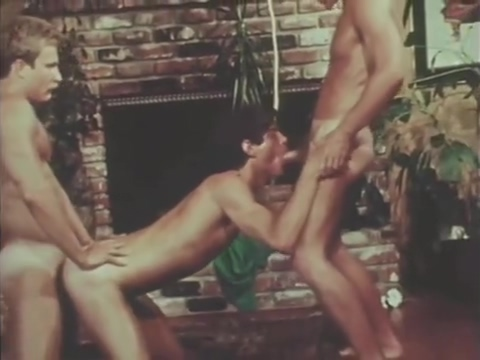 vintage bareback threesome pints of blood in an adult