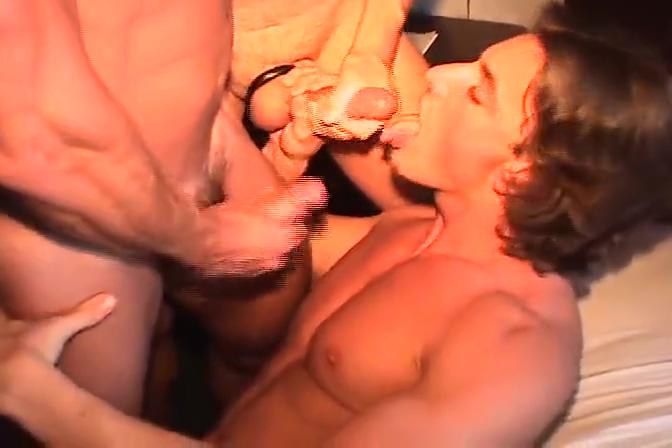 No Tell Motel Hot Hunk Orgy Lisa milf ftv nude