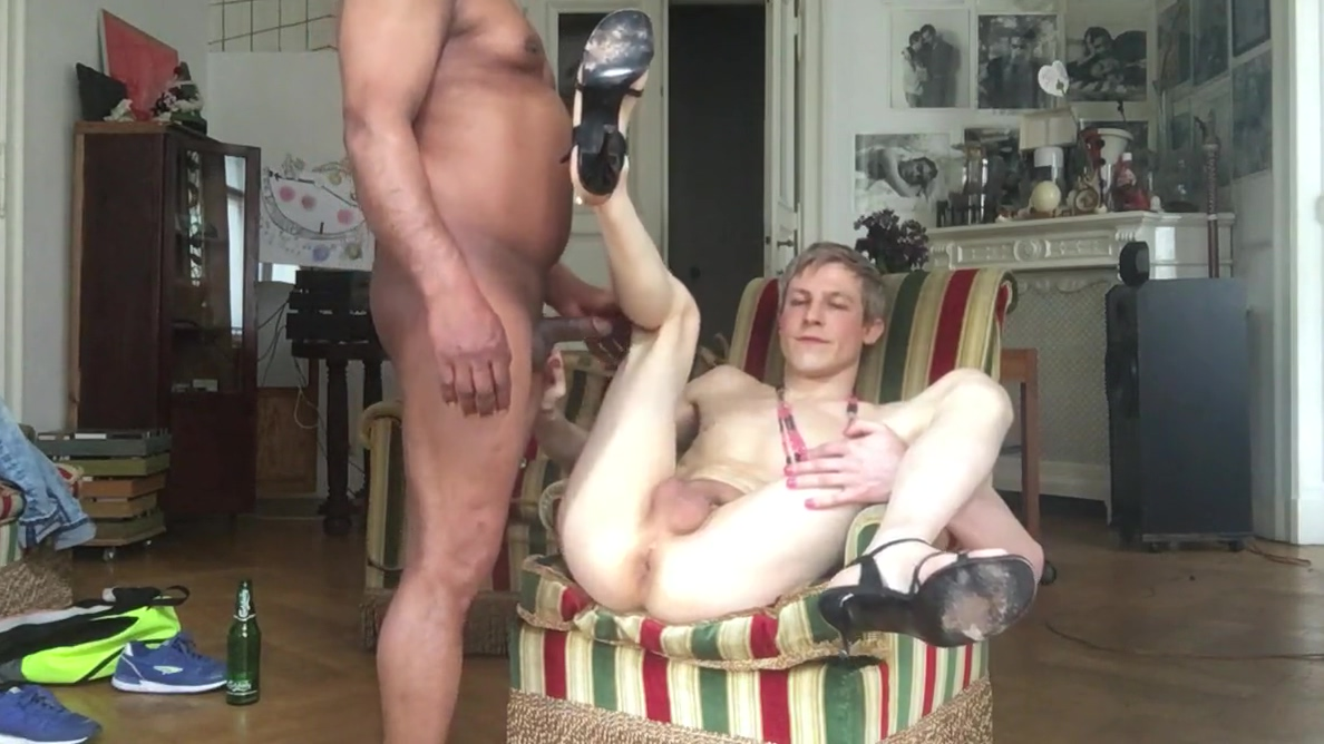 TWINK IS ALWAYS HUNGRY FOR RAW COCK anal massage on a man